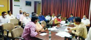 Cooperative Minister Dr. Rawat reviewed the cooperative banks and societies of Tehri and Pauri