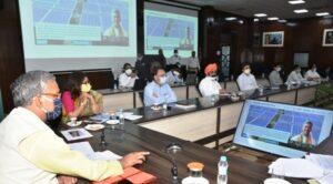 मुख्यमंत्री सौर ऊर्जा स्वरोजगार योजना शुरू सोलर फार्मिंग से मिलेगा स्वरोजगार मुख्यमंत्री श्री त्रिवेन्द्र सिंह रावत ने योजना का किया शुभारम्भ।