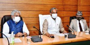 मुख्यमंत्री ने राजपुर रोड स्थित उत्तराखण्ड वन विभाग मुख्यालय में ईऑफिस कार्यप्रणाली का किया शुभारम्भ