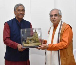 नीति आयोग के उपाध्यक्ष डॉ. राजीव कुमार ने की मुख्यमंत्री रावत से भेंट