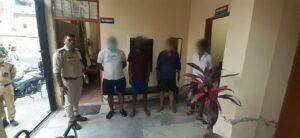 मिशन हौसला: ऋषिकेश में 04 युवकों को घूमना पड़ा महँगा, कोविड नियमों के उल्लंघन पर मुकदमा कायम
