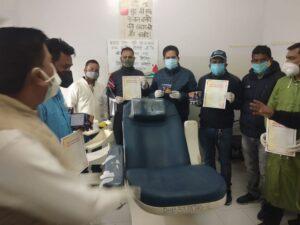 राजीव गांधी की 30वीं पुण्यतिथि पर टिहरी कांग्रेस ने लगाया रक्तदान शिविर