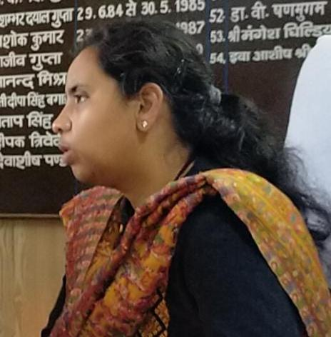 डीएम ने दिए क्षेत्रीय अधिकारियों को पंचायत प्रतिनिधियों से समन्वय बनाते हुए सैंपलिंग के दैनिक निर्धारित लक्ष्य प्राप्त करने के निर्देश