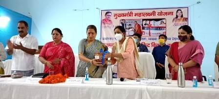 मुख्यमंत्री महालक्ष्मी किट वितरण कार्यक्रम; उत्तराखंड को देवभूमि के साथ देवियों की भूमि भी कहा जाए: रेखा आर्य