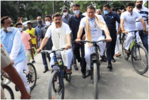 मुख्यमंत्री श्री पुष्कर सिंह धामी ने साईकिल चलाकर चेस फॉर इण्डिया कार्यक्रम का शुभारम्भ किया