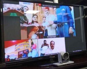 प्रभारी मंत्री डॉ हरक सिंह रावत ने सेम मुखेम में नवनिर्मित पर्यटन आवास गृह का वर्चुअल माध्यम से उद्धघाटन किया करते हुए श्री सैम नागराजा स्वयं सहायता समूह को हस्तांतरित किया।