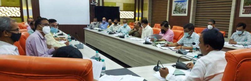 15 नवम्बर तक सभी निर्माण कार्य पूरा करें कार्यदायी संस्थाएंः डॉ. धनसिंह रावत