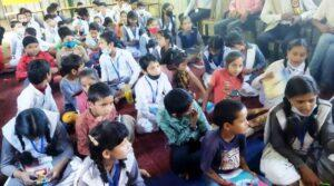 पहाड़ा प्रतियोगिता, हिन्दी और अंग्रेजी सुलेख प्रतियोगिता श्री कृष्णजन्माषटमी के अवसर पर आयोजित आनलाईन राधा -कृष्ण रूप सज्जा प्रतियोगिता, संस्कृति ज्ञान प्रतियोगिता के प्रतिभागियों एवं प्रथम, द्वितीय एवं तृतीय स्थान प्राप्त करने वाले बालक/ बालिकाओ को महाप्रबंधक द्वारा पुरस्कृत किया गया।
